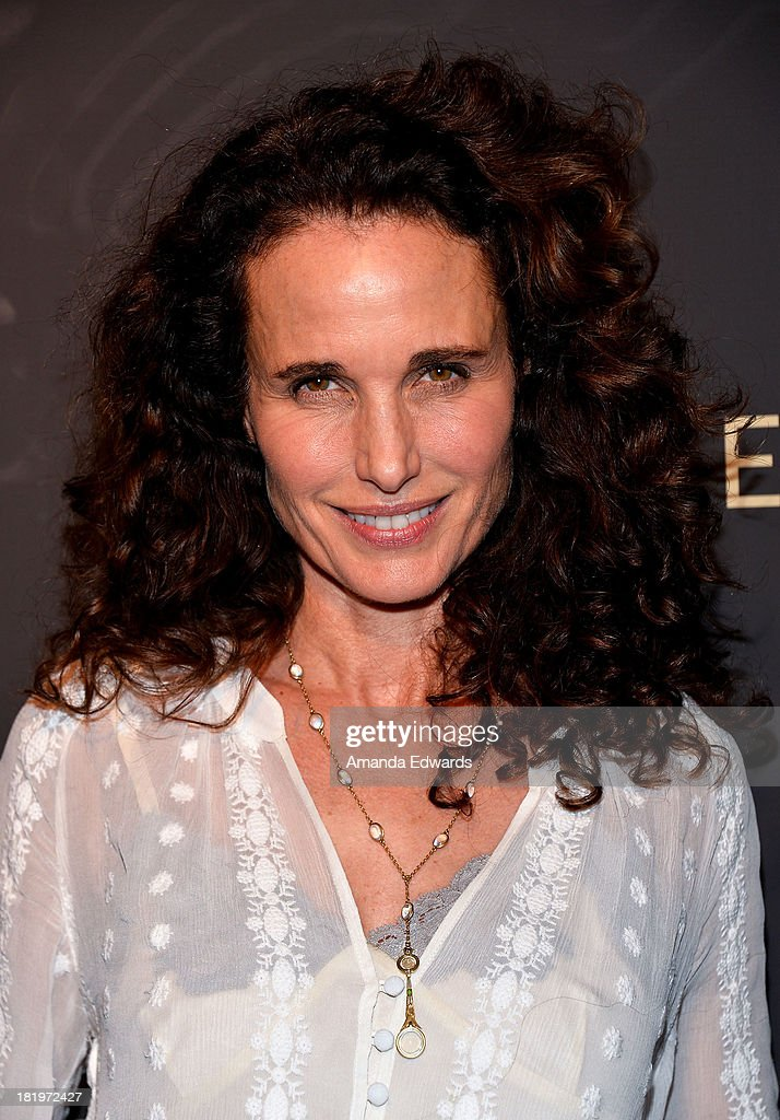 Actress <a gi-track='captionPersonalityLinkClicked' href=/galleries/search?phrase=Andie+MacDowell&family=editorial&specificpeople=204572 ng-click='$event.stopPropagation()'>Andie MacDowell</a> arrives at the Escada and W Magazine shopping event benefiting the Cool Earth Organization at Escada Boutique on September 26, 2013 in Beverly Hills, California.