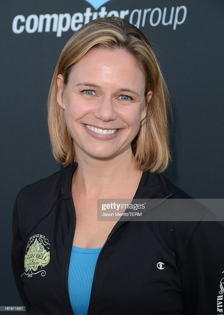 Actress <a gi-track='captionPersonalityLinkClicked' href=/galleries/search?phrase=Andrea+Barber&family=editorial&specificpeople=4617686 ng-click='$event.stopPropagation()'>Andrea Barber</a> attends the Kaiser Permanente Rock 'n' Roll Half Marathon and Mini Marathon to benefit CureMito!at the Rose Bowl on February 17, 2013 in Pasadena, California.