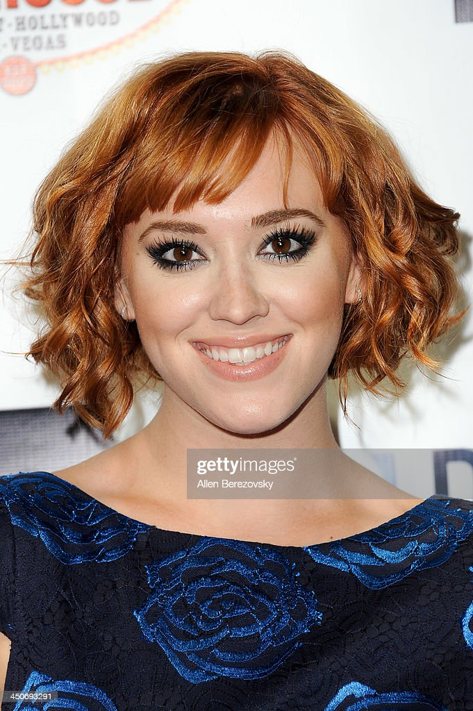 Actress <a gi-track='captionPersonalityLinkClicked' href=/galleries/search?phrase=Andrea+Bowen&family=editorial&specificpeople=212969 ng-click='$event.stopPropagation()'>Andrea Bowen</a> arrives at the Los Angeles premiere of 'G.B.F.' at Chinese 6 Theater in Hollywood on November 19, 2013 in Hollywood, California.