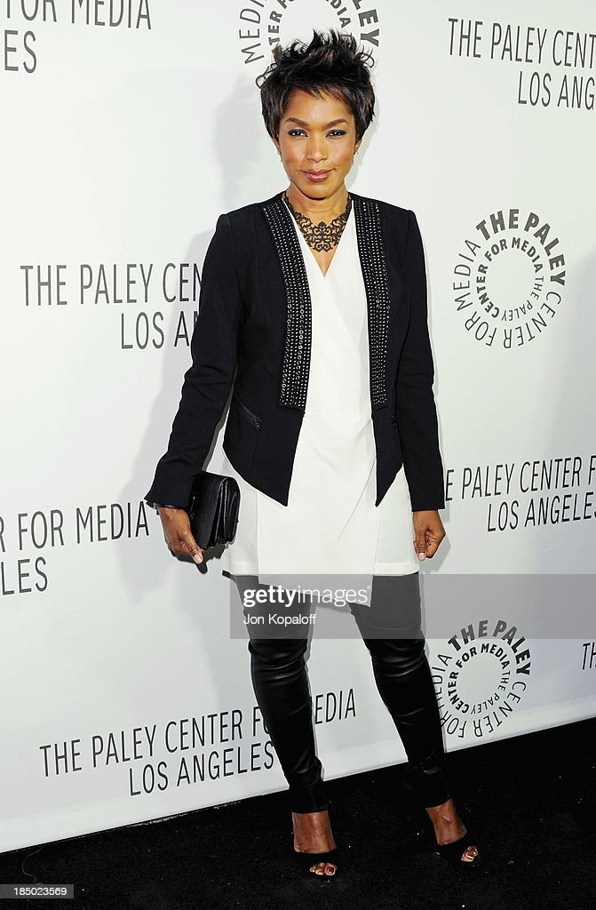 Actress <a gi-track='captionPersonalityLinkClicked' href=/galleries/search?phrase=Angela+Bassett&family=editorial&specificpeople=171174 ng-click='$event.stopPropagation()'>Angela Bassett</a> arrives at The Paley Center for Media Hosts 2013 Benefit Gala Honoring FX Networks on October 16, 2013 in Los Angeles, California.