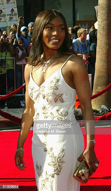 Actress Angela Bassett attends the 2004 Black Entertainment Awards held at the Kodak Theatre on June 29 2004 in Hollywood California