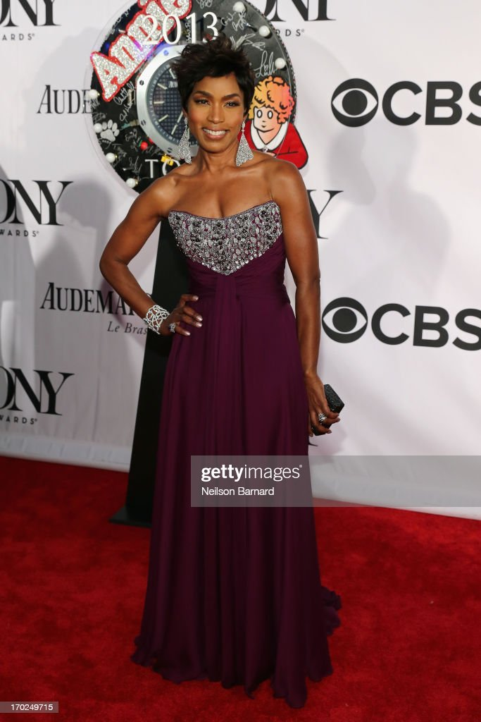 Actress <a gi-track='captionPersonalityLinkClicked' href=/galleries/search?phrase=Angela+Bassett&family=editorial&specificpeople=171174 ng-click='$event.stopPropagation()'>Angela Bassett</a> attends The 67th Annual Tony Awards at Radio City Music Hall on June 9, 2013 in New York City.