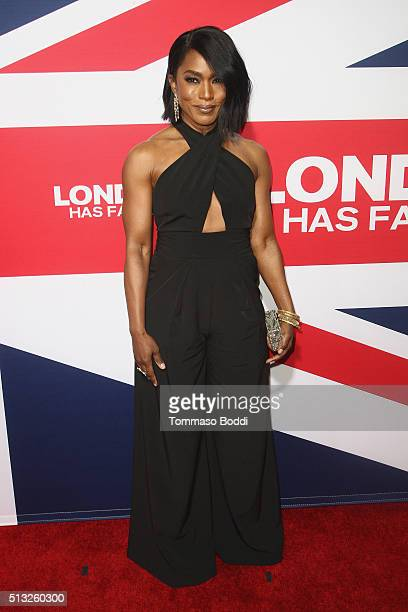 Actress Angela Bassett attends the premiere of Focus Features' 'London Has Fallen' held at ArcLight Cinemas Cinerama Dome on March 1 2016 in...