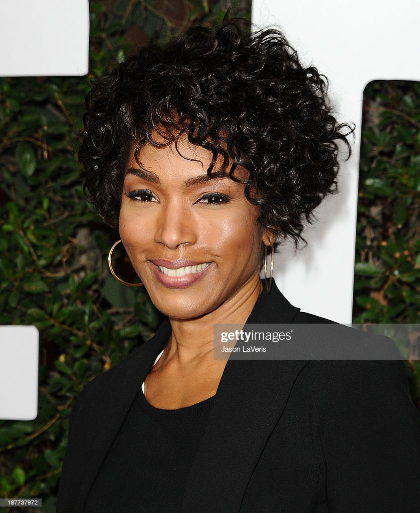 Actress <a gi-track='captionPersonalityLinkClicked' href=/galleries/search?phrase=Angela+Bassett&family=editorial&specificpeople=171174 ng-click='$event.stopPropagation()'>Angela Bassett</a> attends the premiere of 'Mandela: Long Walk To Freedom' at ArcLight Cinemas Cinerama Dome on November 11, 2013 in Hollywood, California.