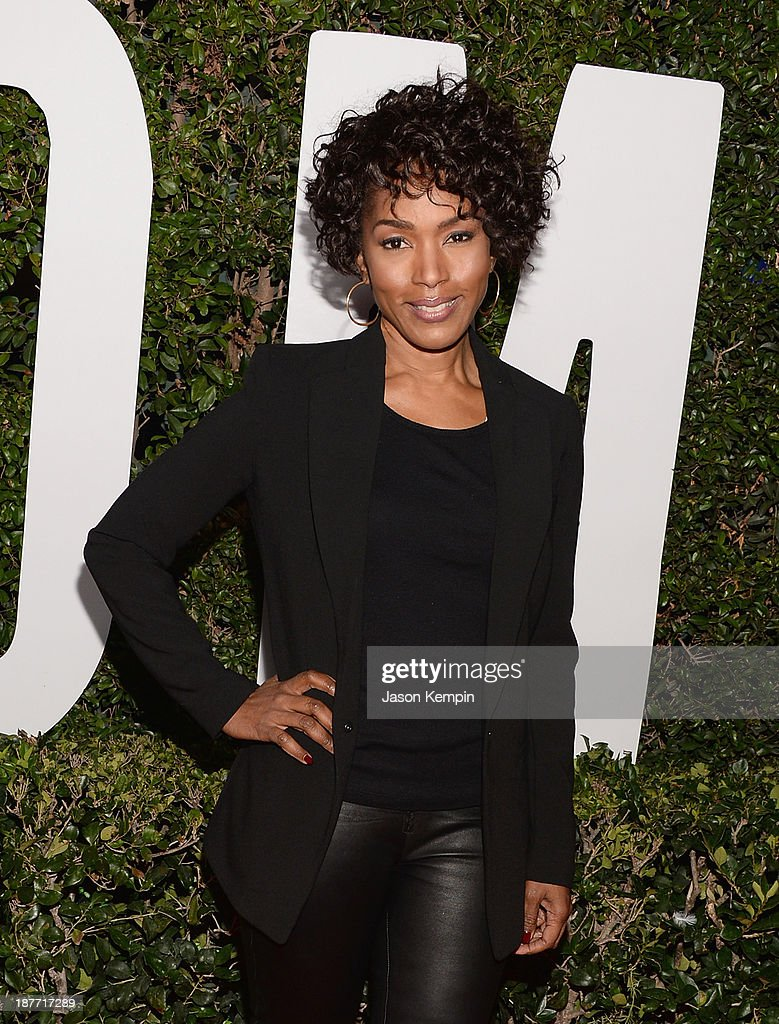Actress <a gi-track='captionPersonalityLinkClicked' href=/galleries/search?phrase=Angela+Bassett&family=editorial&specificpeople=171174 ng-click='$event.stopPropagation()'>Angela Bassett</a> attends the premiere of The Weinstein Company's 'Mandela: Long Walk To Freedom' at ArcLight Cinemas on November 11, 2013 in Hollywood, California.