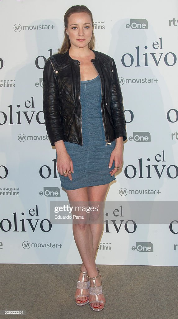 Actress Angela Cremonte attends 'El olivo' premiere at Capitol cinema on May 04, 2016 in Madrid, Spain.