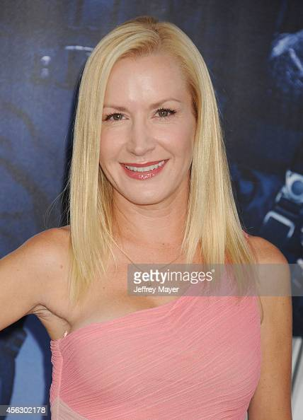 Angela Kinsey Nude Photos 35