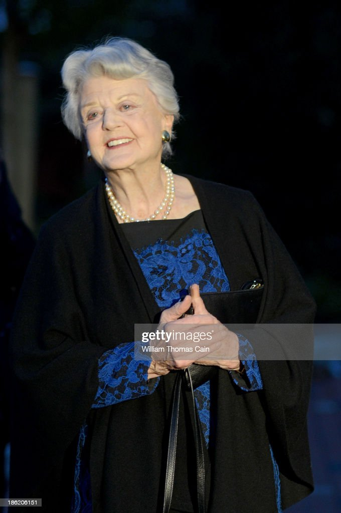 Actress Angela Lansbury arrives before being presented with a commemorative brick to be installed in the walkway October 28, 2013 at the Bucks County Playhouse in New Hope, Pennsylvania. Lansbury, five-time Tony Award winning actress is the first inductee of the Bucks County Playhouse's Hall of Fame.