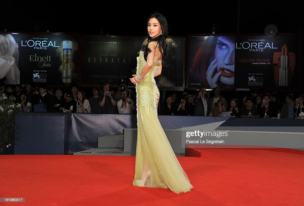 Actress <a gi-track='captionPersonalityLinkClicked' href=/galleries/search?phrase=Angelababy&family=editorial&specificpeople=5922162 ng-click='$event.stopPropagation()'>Angelababy</a> attends the 'Tai Chi O' premiere during the 69th Venice Film Festival at the Palazzo del Cinema on August 31, 2012 in Venice, Italy.