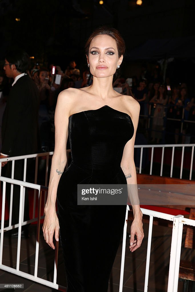 Actress <a gi-track='captionPersonalityLinkClicked' href=/galleries/search?phrase=Angelina+Jolie&family=editorial&specificpeople=201591 ng-click='$event.stopPropagation()'>Angelina Jolie</a> attends 'Maleficent' Japan premiere at Ebisu Garden Place on June 23, 2014 in Tokyo, Japan.