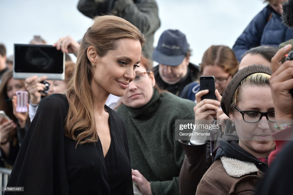 Actress <a gi-track='captionPersonalityLinkClicked' href=/galleries/search?phrase=Angelina+Jolie&family=editorial&specificpeople=201591 ng-click='$event.stopPropagation()'>Angelina Jolie</a> attends the 2014 Film Independent Spirit Awards at Santa Monica Beach on March 1, 2014 in Santa Monica, California.