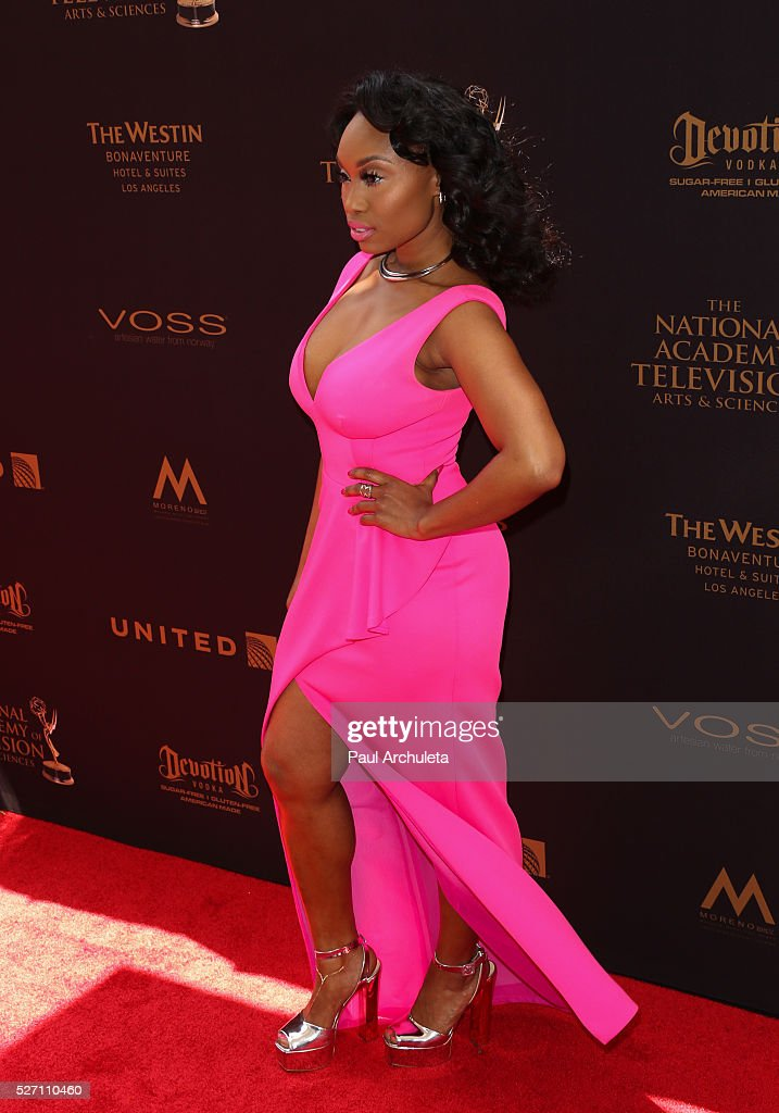 Actress <a gi-track='captionPersonalityLinkClicked' href=/galleries/search?phrase=Angell+Conwell&family=editorial&specificpeople=240300 ng-click='$event.stopPropagation()'>Angell Conwell</a> attends the 2016 Daytime Emmy Awards at The Westin Bonaventure Hotel on May 1, 2016 in Los Angeles, California.
