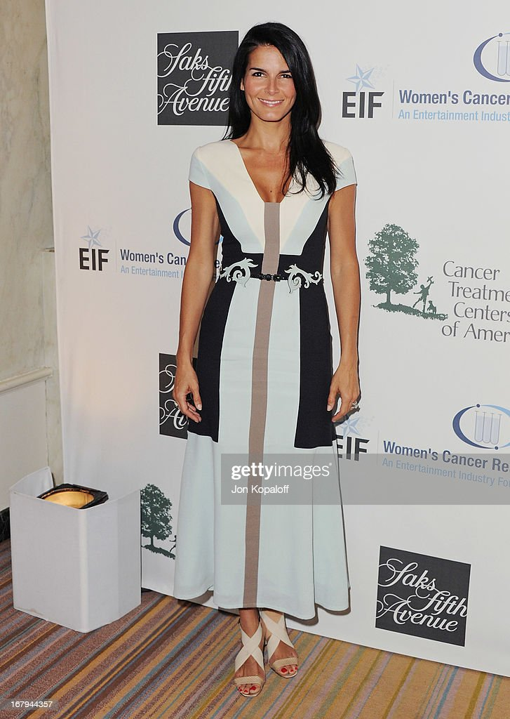 Actress Angie Harmon arrives at An Unforgettable Evening benefiting EIF's Women's Cancer Research Fund at the Beverly Wilshire Four Seasons Hotel on May 2, 2013 in Beverly Hills, California.
