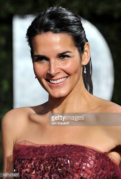 Actress Angie Harmon arrives at the 2010 Vanity Fair Oscar Party held at Sunset Tower on March 7 2010 in West Hollywood California