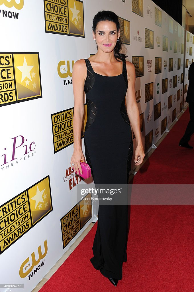 Actress <a gi-track='captionPersonalityLinkClicked' href=/galleries/search?phrase=Angie+Harmon&family=editorial&specificpeople=204576 ng-click='$event.stopPropagation()'>Angie Harmon</a> arrives at the 4th Annual Critics' Choice Television Awards at The Beverly Hilton Hotel on June 19, 2014 in Beverly Hills, California.