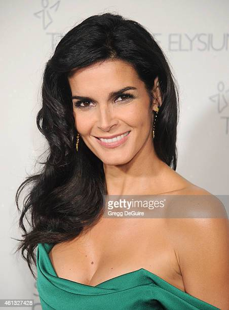 Actress Angie Harmon arrives at The Art Of Elysium's 8th Annual Heaven Gala at Hangar 8 on January 10 2015 in Santa Monica California