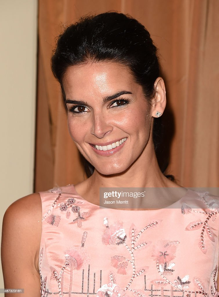 Actress <a gi-track='captionPersonalityLinkClicked' href=/galleries/search?phrase=Angie+Harmon&family=editorial&specificpeople=204576 ng-click='$event.stopPropagation()'>Angie Harmon</a> attends the Colleagues' 26th Annual Spring Luncheon at the Beverly Wilshire Four Seasons Hotel on April 29, 2014 in Beverly Hills, California.