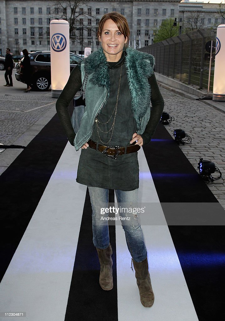 Actress <a gi-track='captionPersonalityLinkClicked' href=/galleries/search?phrase=Anja+Kling&family=editorial&specificpeople=220767 ng-click='$event.stopPropagation()'>Anja Kling</a> arrives forthe Volkswagen New Beetle world premiere of the 21st Century Beetle at ewerk on April 18, 2011 in Berlin, Germany. The car will be available for sale in Germany in October 2011.