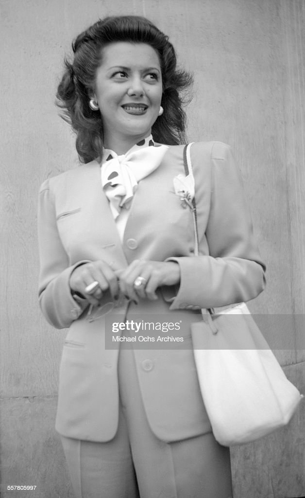 Actress <a gi-track='captionPersonalityLinkClicked' href=/galleries/search?phrase=Ann+Rutherford&family=editorial&specificpeople=566836 ng-click='$event.stopPropagation()'>Ann Rutherford</a> poses on a street in Los Angeles, California.