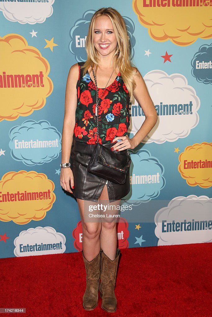 Actress <a gi-track='captionPersonalityLinkClicked' href=/galleries/search?phrase=Anna+Camp&family=editorial&specificpeople=3144642 ng-click='$event.stopPropagation()'>Anna Camp</a> arrives at Entertainment Weekly's annual Comic-Con celebration at Float at Hard Rock Hotel San Diego on July 20, 2013 in San Diego, California.