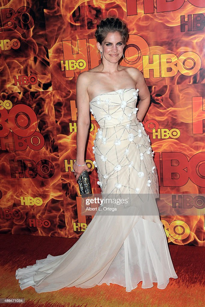 Actress Anna Chlumsky arrives for the HBO's Official 2015 Emmy After Party held at The Plaza at the Pacific Design Center on September 20, 2015 in Los Angeles, California.