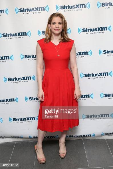 Actress Anna Chlumsky visits the SiriusXM Studios on April 3 2014 in New York City