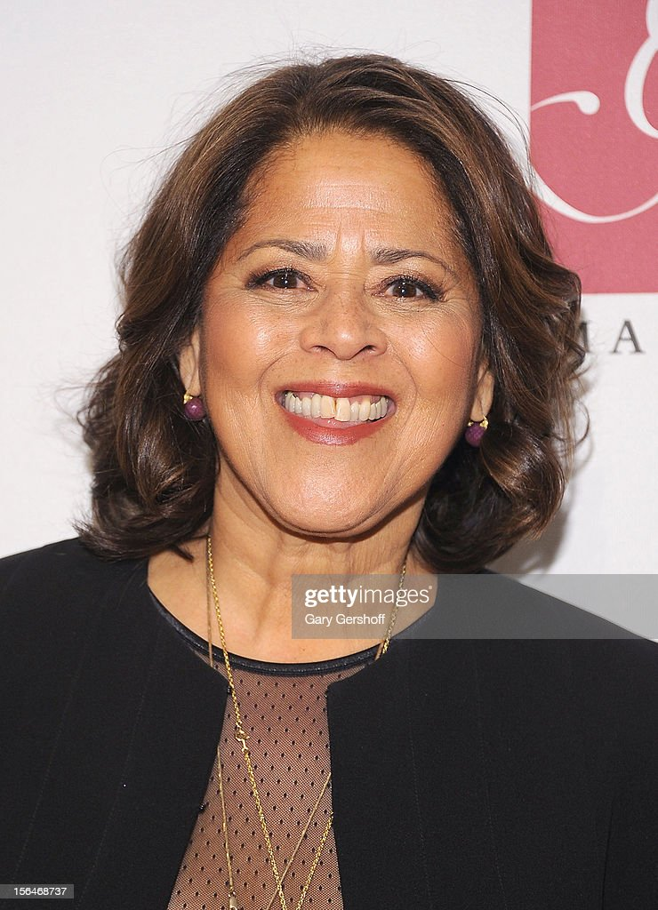 Actress Anna Deavere Smith attends the THIRTEEN 50th Anniversary Gala Salute at the David H. Koch Theater, Lincoln Center on November 15, 2012 in New York City.