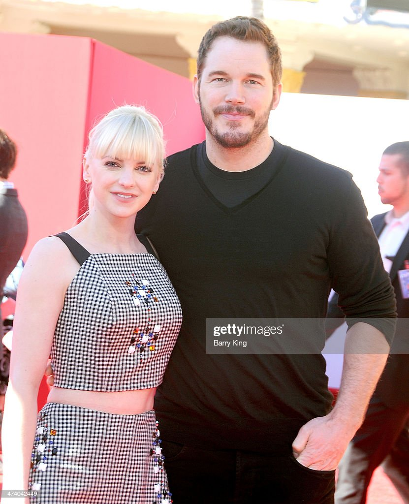 Actress <a gi-track='captionPersonalityLinkClicked' href=/galleries/search?phrase=Anna+Faris&family=editorial&specificpeople=213899 ng-click='$event.stopPropagation()'>Anna Faris</a> and actor <a gi-track='captionPersonalityLinkClicked' href=/galleries/search?phrase=Chris+Pratt+-+Actor&family=editorial&specificpeople=239084 ng-click='$event.stopPropagation()'>Chris Pratt</a> arrive at the Los Angeles premiere of 'The Lego Movie' held on February 1, 2014 at Regency Village Theatre in Westwood, California.