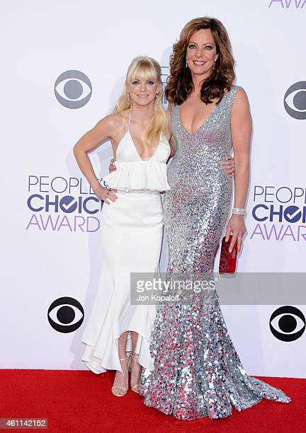 Actress Anna Faris and actress Allison Janney attend The 41st Annual People's Choice Awards at Nokia Theatre LA Live on January 7 2015 in Los Angeles...