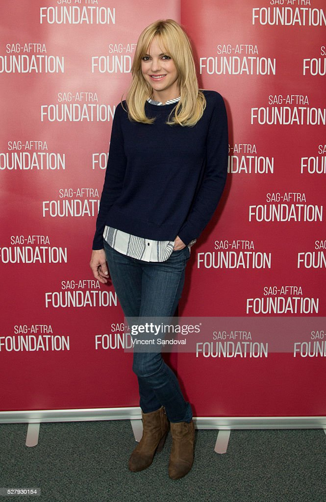 Actress Anna Faris attends SAGAFTRA Foundation Conversations with Anna Faris and Allison Janney for ''Mom' at SAG Foundation Actors Center on May 3...