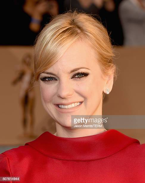 Actress Anna Faris attends The 22nd Annual Screen Actors Guild Awards at The Shrine Auditorium on January 30 2016 in Los Angeles California 25650_015
