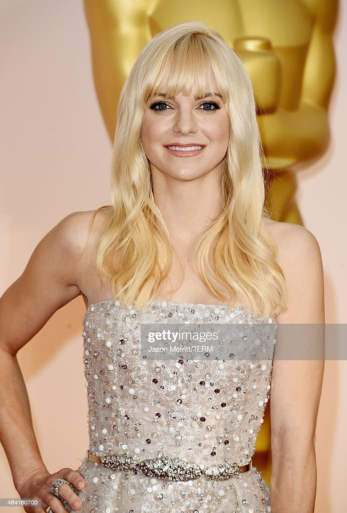 Actress Anna Faris attends the 87th Annual Academy Awards at Hollywood Highland Center on February 22 2015 in Hollywood California