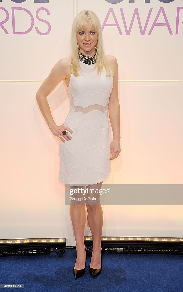Actress Anna Faris attends the People's Choice Awards 2015 Nominations Press Conference at The Paley Center for Media on November 4 2014 in Beverly...