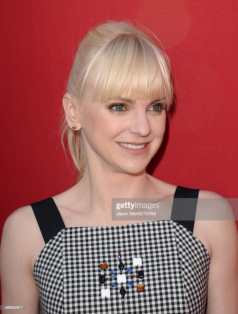 Actress Anna Faris attends the premiere of 'The LEGO Movie' at Regency Village Theatre on February 1, 2014 in Westwood, California.