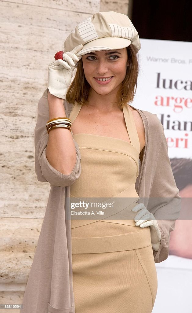 Actress Anna Foglietta attends 'Solo Un Padre' photocall at Warner Moderno Cinema on November 25, 2008 in Rome, Italy.