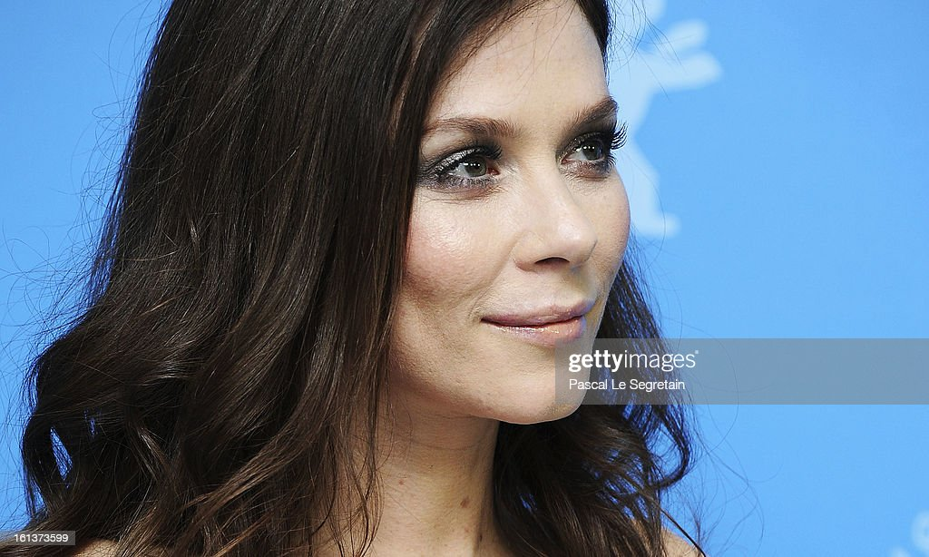 Actress <a gi-track='captionPersonalityLinkClicked' href=/galleries/search?phrase=Anna+Friel&family=editorial&specificpeople=202225 ng-click='$event.stopPropagation()'>Anna Friel</a> attends 'The Look Of Love' Photocall during the 63rd Berlinale International Film Festival at Grand Hyatt Hotel on February 10, 2013 in Berlin, Germany.