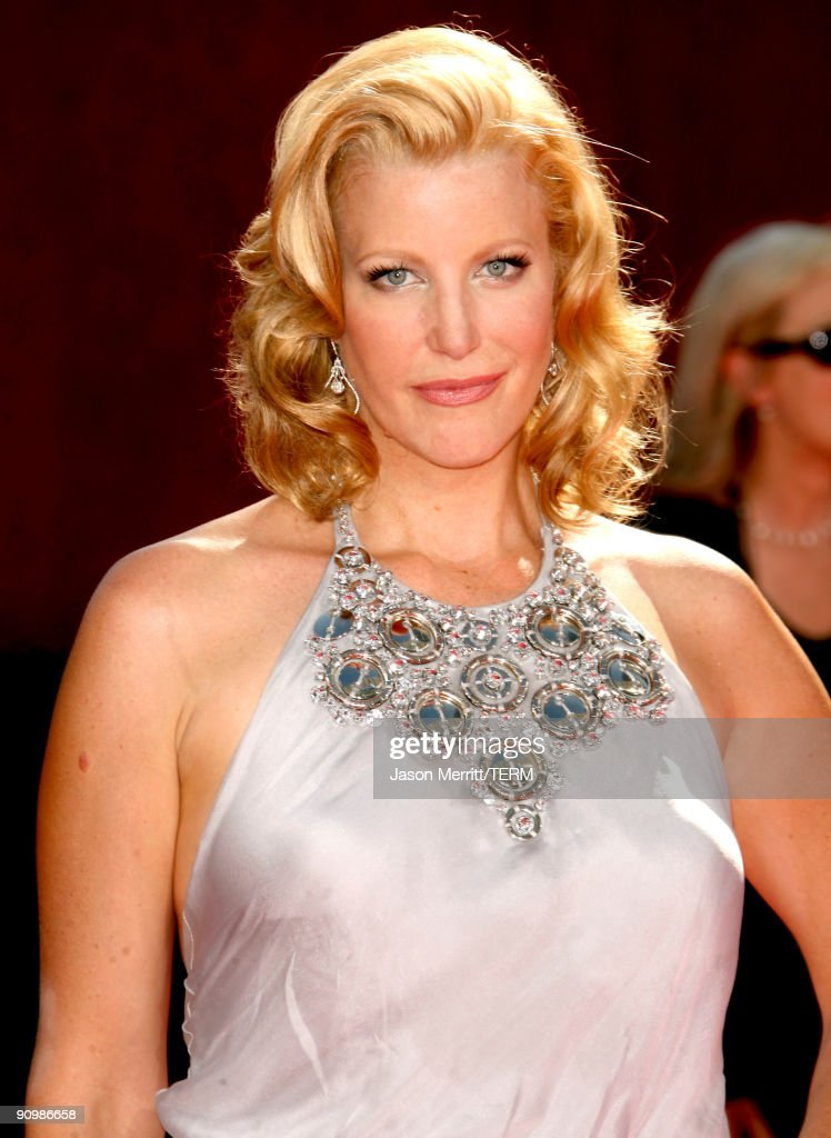 Actress Anna Gunn arrives at the 61st Primetime Emmy Awards held at the Nokia Theatre on September 20 2009 in Los Angeles California
