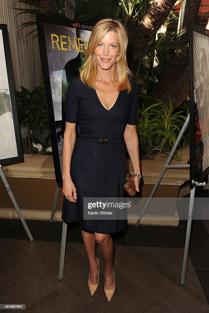 Actress Anna Gunn attends the 14th annual AFI Awards Luncheon at the Four Seasons Hotel Beverly Hills on January 10, 2014 in Beverly Hills, California.