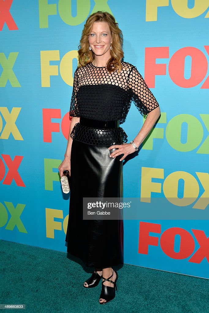 Actress <a gi-track='captionPersonalityLinkClicked' href=/galleries/search?phrase=Anna+Gunn&family=editorial&specificpeople=589359 ng-click='$event.stopPropagation()'>Anna Gunn</a> attends the FOX 2014 Programming Presentation at the FOX Fanfront on May 12, 2014 in New York City.