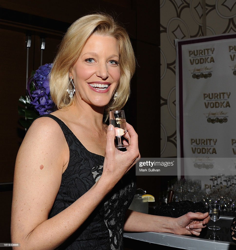 Actress Anna Gunn in the 2013 Writers Guild Awards Backstage Creations Celebrity Retreat on February 17, 2013 in Los Angeles, California.