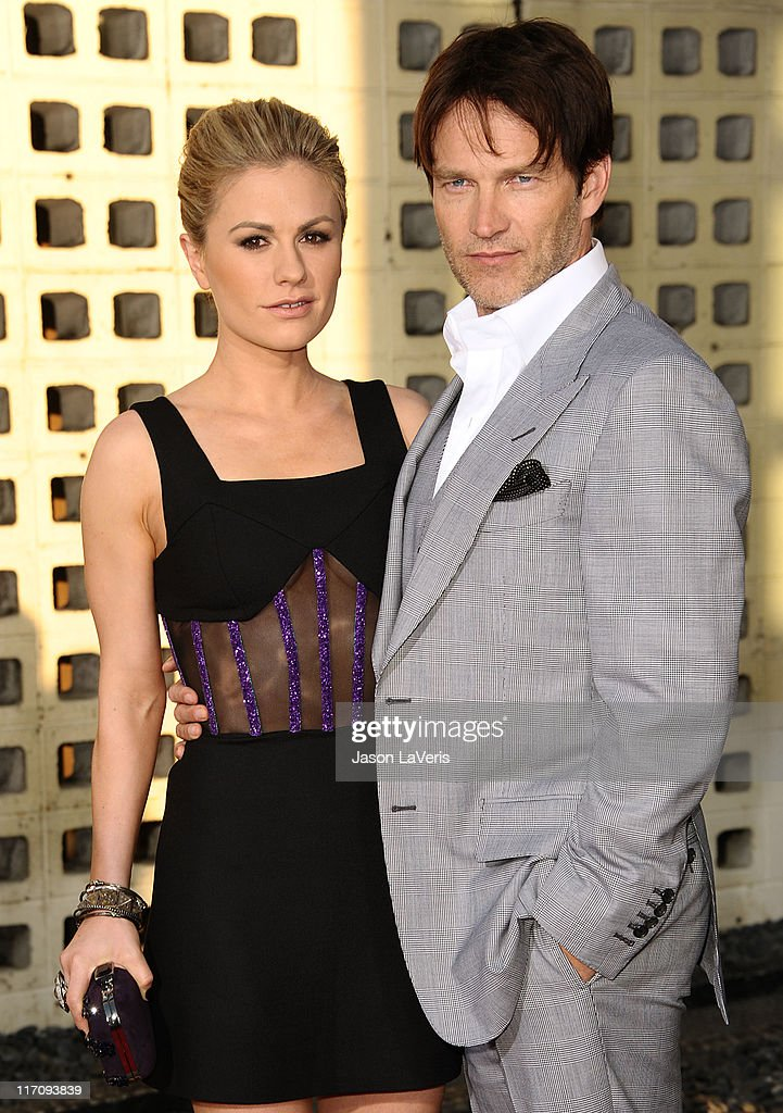 Actress <a gi-track='captionPersonalityLinkClicked' href=/galleries/search?phrase=Anna+Paquin&family=editorial&specificpeople=211602 ng-click='$event.stopPropagation()'>Anna Paquin</a> and actor <a gi-track='captionPersonalityLinkClicked' href=/galleries/search?phrase=Stephen+Moyer&family=editorial&specificpeople=4323688 ng-click='$event.stopPropagation()'>Stephen Moyer</a> attend the premiere of HBO's 'True Blood' at ArcLight Cinemas Cinerama Dome on June 21, 2011 in Hollywood, California.