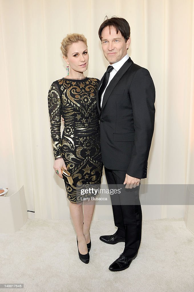 Actress <a gi-track='captionPersonalityLinkClicked' href=/galleries/search?phrase=Anna+Paquin&family=editorial&specificpeople=211602 ng-click='$event.stopPropagation()'>Anna Paquin</a> (L) and <a gi-track='captionPersonalityLinkClicked' href=/galleries/search?phrase=Stephen+Moyer&family=editorial&specificpeople=4323688 ng-click='$event.stopPropagation()'>Stephen Moyer</a> arrive at the 20th Annual Elton John AIDS Foundation Academy Awards Viewing Party at The City of West Hollywood Park on February 26, 2012 in Beverly Hills, California.