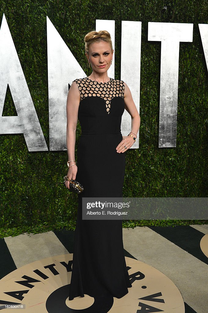 Actress Anna Paquin arrives at the 2013 Vanity Fair Oscar Party hosted by Graydon Carter at Sunset Tower on February 24, 2013 in West Hollywood, California.