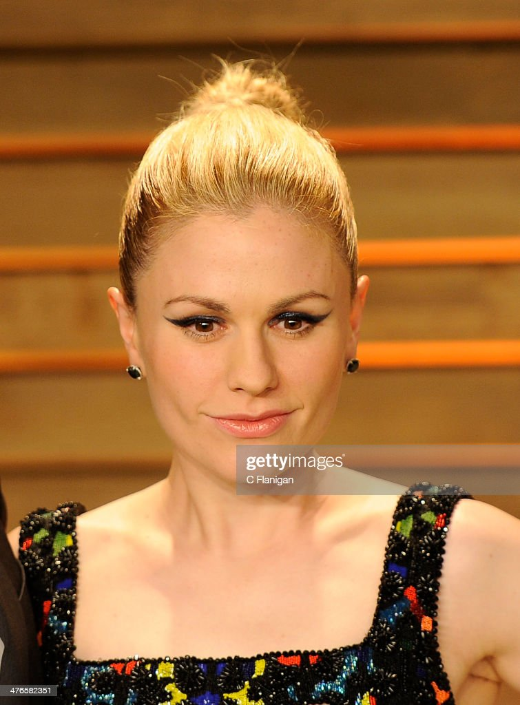 Actress Anna Paquin arrives at the 2014 Vanity Fair Oscar Party Hosted By Graydon Carter on March 2 2014 in West Hollywood California
