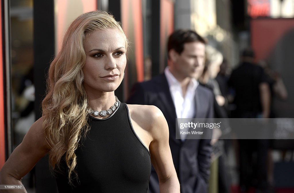 Actress <a gi-track='captionPersonalityLinkClicked' href=/galleries/search?phrase=Anna+Paquin&family=editorial&specificpeople=211602 ng-click='$event.stopPropagation()'>Anna Paquin</a> attends the premiere of HBO's 'True Blood' at ArcLight Cinemas Cinerama Dome on June 11, 2013 in Hollywood, California.