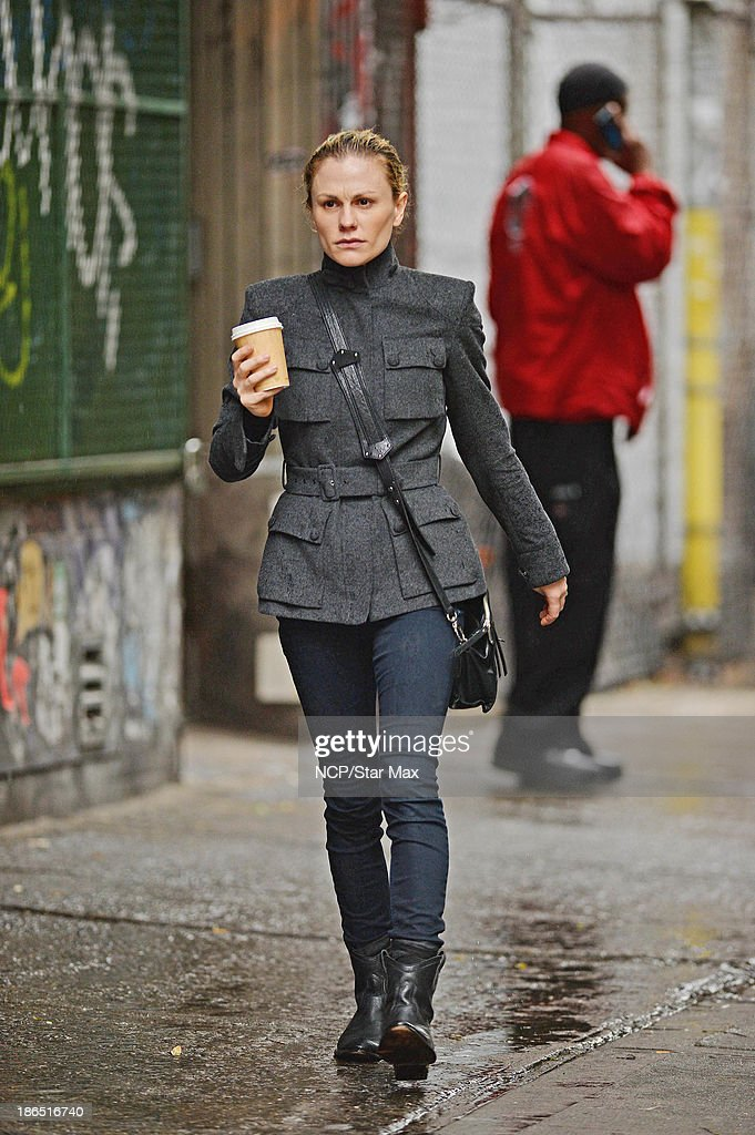 Actress <a gi-track='captionPersonalityLinkClicked' href=/galleries/search?phrase=Anna+Paquin&family=editorial&specificpeople=211602 ng-click='$event.stopPropagation()'>Anna Paquin</a> is seen on October 31, 2013 in New York City.