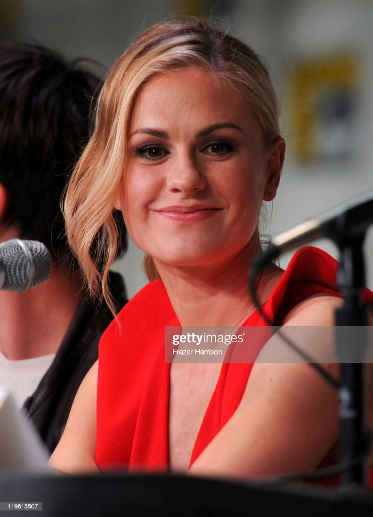 Actress <a gi-track='captionPersonalityLinkClicked' href=/galleries/search?phrase=Anna+Paquin&family=editorial&specificpeople=211602 ng-click='$event.stopPropagation()'>Anna Paquin</a> speaks at HBO's 'True Blood' Panel during Comic-Con 2011 and the San Diego Convention Center on July 22, 2011 in San Diego, California.