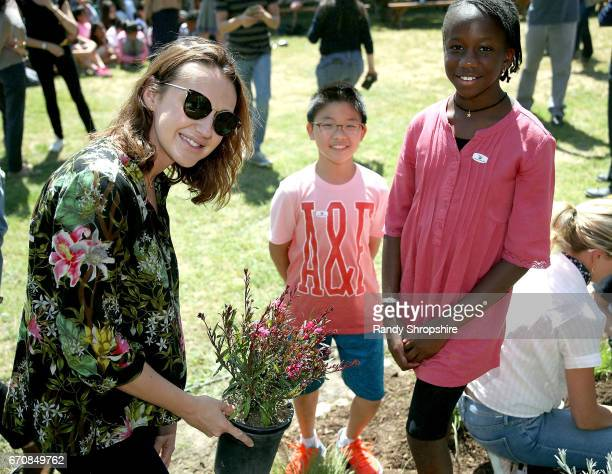 Actress Anna Schafer and Hancock Park Elementary School students attend Caruso hosts a community garden in honor of Earth Day in partnership with...