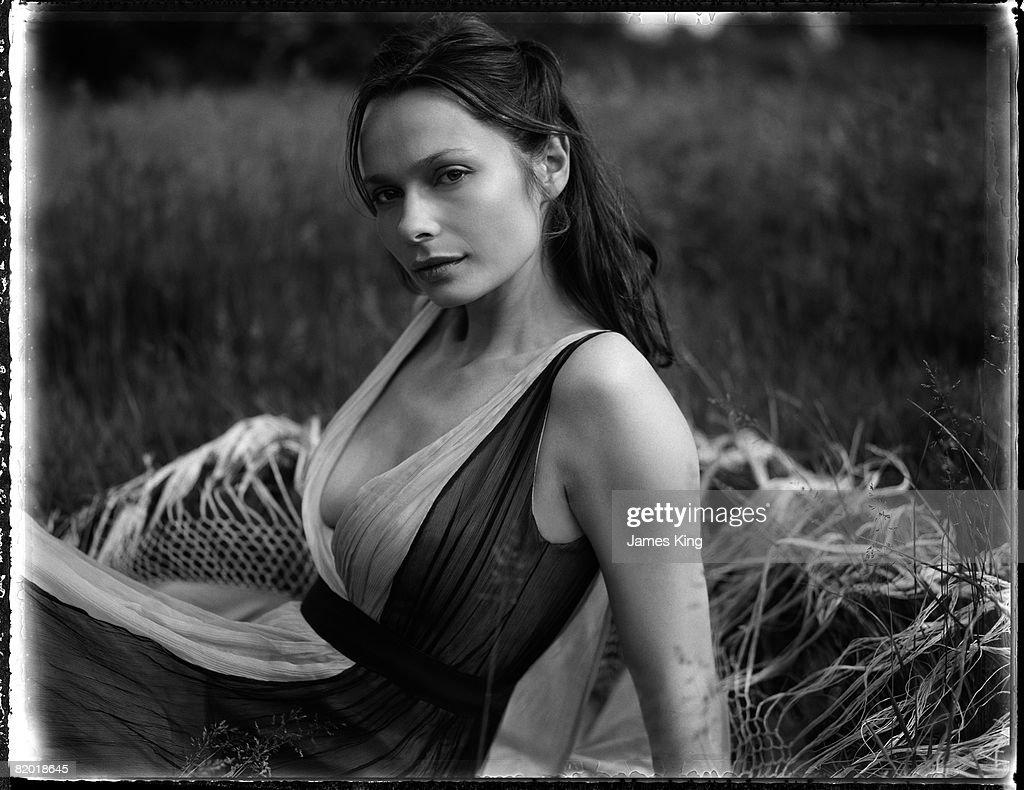 Anna Walton Nude Photos 22