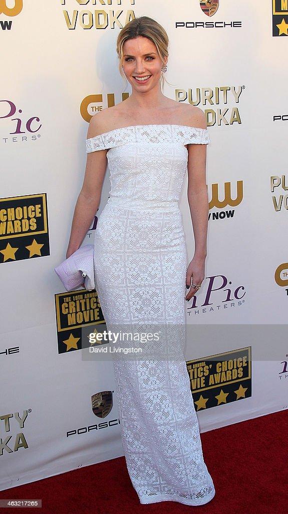 Actress Annabelle Wallis attends the 19th Annual Critics' Choice Movie Awards at Barker Hangar on January 16, 2014 in Santa Monica, California.